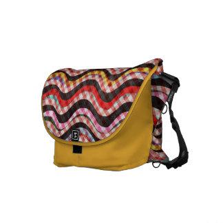 Vagos amarillos del mensajero del carrito de las o bolsa de mensajeria