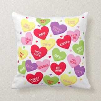 Perfekt Valentine Candy Heart Messages Pillow