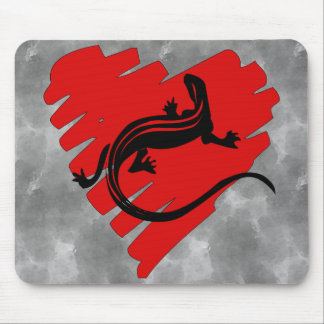 Valentine Heart Newt Mouse Pad