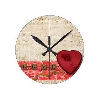 Valentine Round Clock