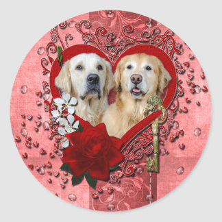 Valentines - Key to My Heart - Goldens - Corona Te Classic Round Sticker