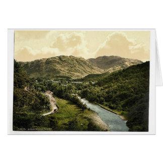 Valle de Borrowdale, de la piedra de Bowder, lago  Felicitación