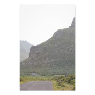 """Valle de las rocas, Devon Folleto 5.5"""" X 8.5"""""""