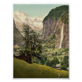 Valle de Lauterbrunnen con la cascada de Póster