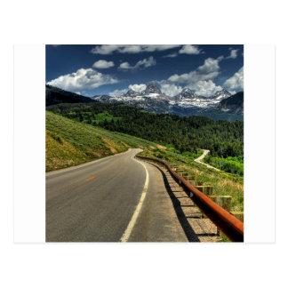 Valle de Mountian del camino de la naturaleza Postal