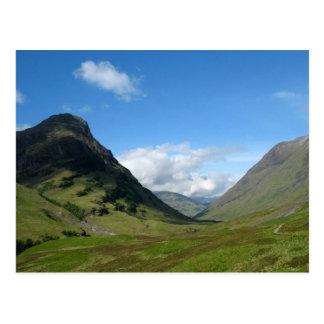Valle ocultado Glencoe Escocia Tarjeta Postal