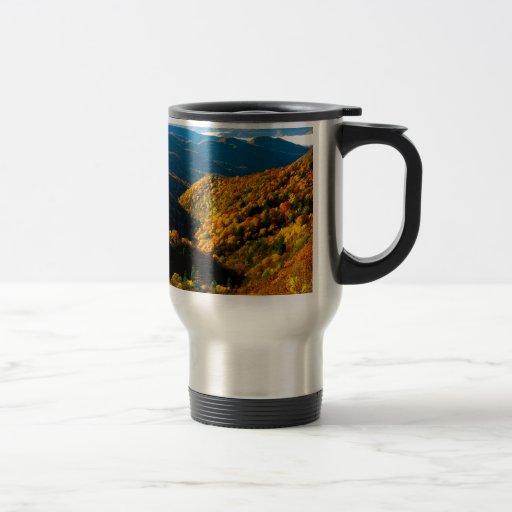 Valle profundo Tennessee de la cala del otoño Tazas De Café