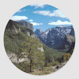 Valle Vista Yosemite de la montaña Pegatina Redonda