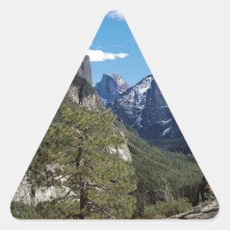 Valle Vista Yosemite de la montaña Pegatina Triangular