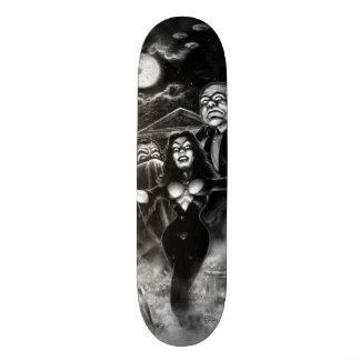 Vampira Plan 9 zombies Skateboard