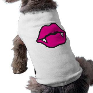 VAMPIRE KISS T-Shirt