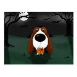 Vampiro de Halloween del perro de aguas de saltado Postales