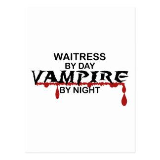 Vampiro de la camarera por noche postales