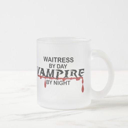 Vampiro de la camarera por noche taza cristal mate