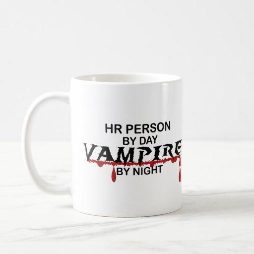Vampiro de la persona de la hora por noche taza