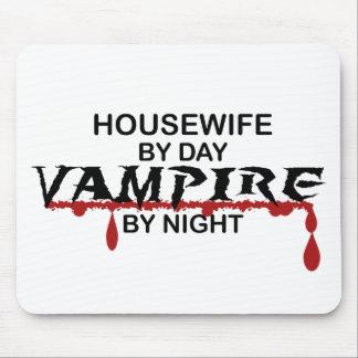Vampiro del ama de casa por noche tapete de raton