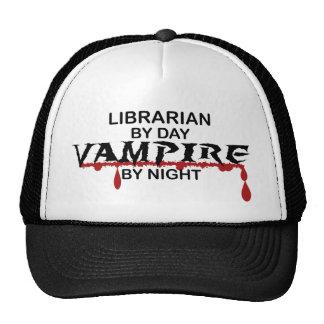 Vampiro del bibliotecario por noche gorra
