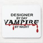 Vampiro del diseñador por noche alfombrilla de ratón