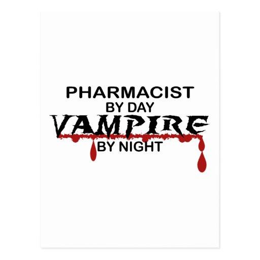 Vampiro del farmacéutico por noche postales
