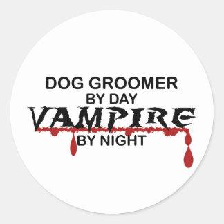 Vampiro del Groomer del perro por noche Etiquetas Redondas