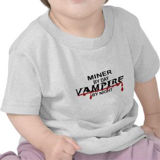 Vampiro del minero por noche camisetas