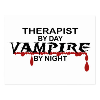Vampiro del terapeuta por noche tarjetas postales