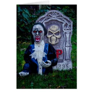 Vampiro y piedra sepulcral tarjeta de felicitación