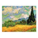 Van Gogh; Cipreses del campo de trigo w en Haute Tarjeta Postal