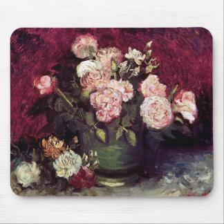 Van Gogh - cuenco con los Peonies y los rosas Mousepad