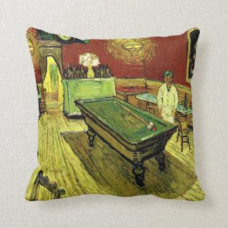Van Gogh - el café de la noche Cojín Decorativo