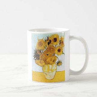 Van Gogh el florero con 12 girasoles Tazas