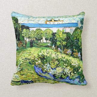 Van Gogh - el jardín de Daubigny Cojín Decorativo