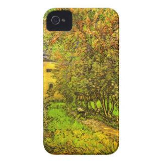 Van Gogh: El jardín del hospital de San Pablo Case-Mate iPhone 4 Protector