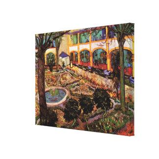 Van Gogh; El patio del hospital en Arles Lienzo Envuelto Para Galerias