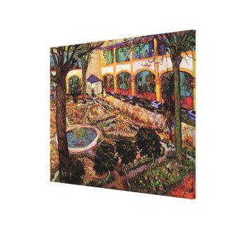 Van Gogh el patio del hospital en Arles Lienzo Envuelto Para Galerias