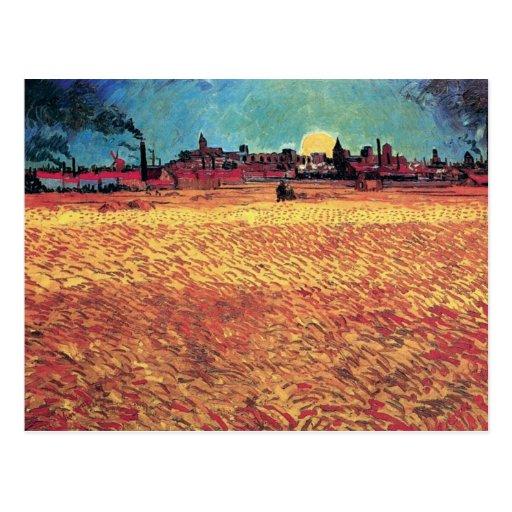 Van Gogh - la puesta del sol en campos de trigo Postal