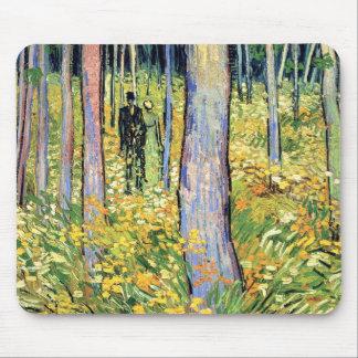 Van Gogh - maleza con dos figuras Alfombrillas De Raton