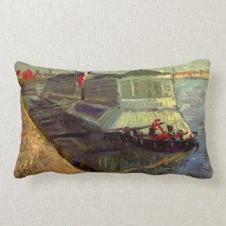 Van Gogh que baña el flotador en el Sena en Cojín Lumbar