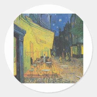 Van Gogh Terrasse des Cafés an der Place du Foru Classic Round Sticker