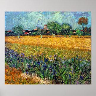 Van Gogh - vista de Arles con los iris Poster