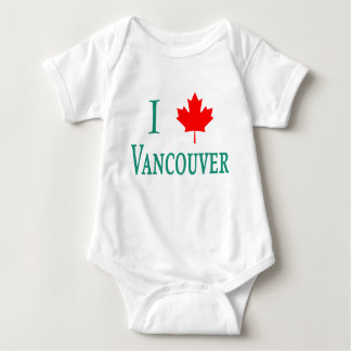 Vancouver I LOVE VANCOUVER with Maple Leaf Tshirt
