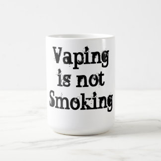 Vaping no está fumando la taza de café