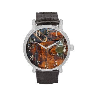 Vapor-tronco de la antigüedad del vintage del relojes de mano