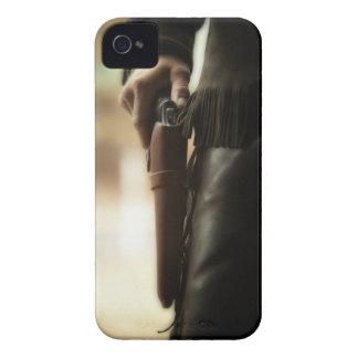 Vaquero con el arma en pistolera iPhone 4 Case-Mate cárcasas