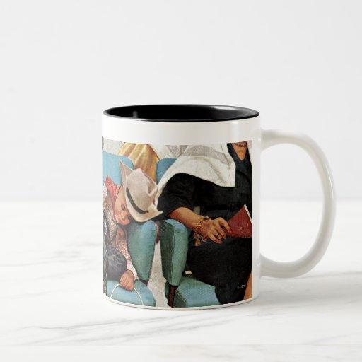 Vaquero dormido en salón de belleza taza de café