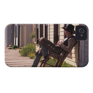 Vaquero en silla en paseo marítimo en Park City iPhone 4 Case-Mate Coberturas