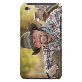 Vaquero que se inclina en la cerca iPod touch protector