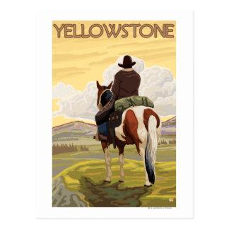 Vaquero y caballo - parque nacional de Yellowstone Tarjetas Postales