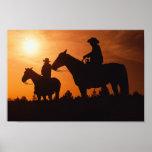vaqueros en la impresión de la lona de los caballo poster