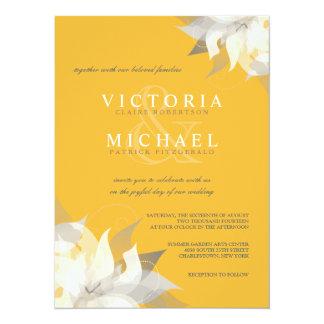 """Vara de oro e invitaciones florales blancas del invitación 5.5"""" x 7.5"""""""